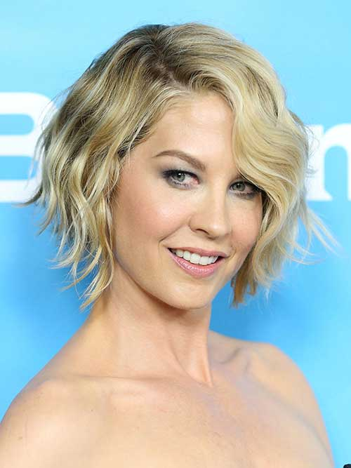 Thick Wavy Cropped Bob