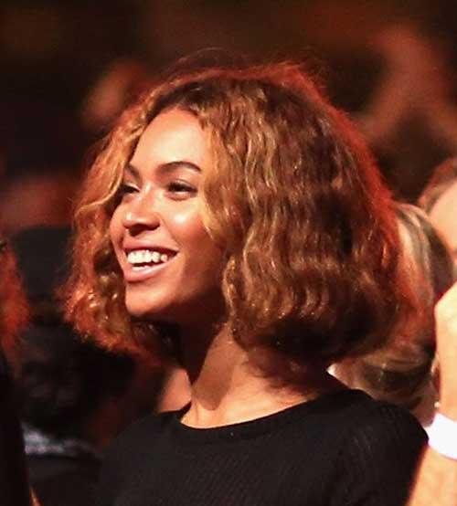 Fabulous Beyonce Short Curly Haircut Beyonce Get Free Printable Hairstyle Short Hairstyles Gunalazisus