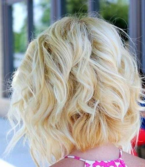 Wavy Blonde Bob Back View