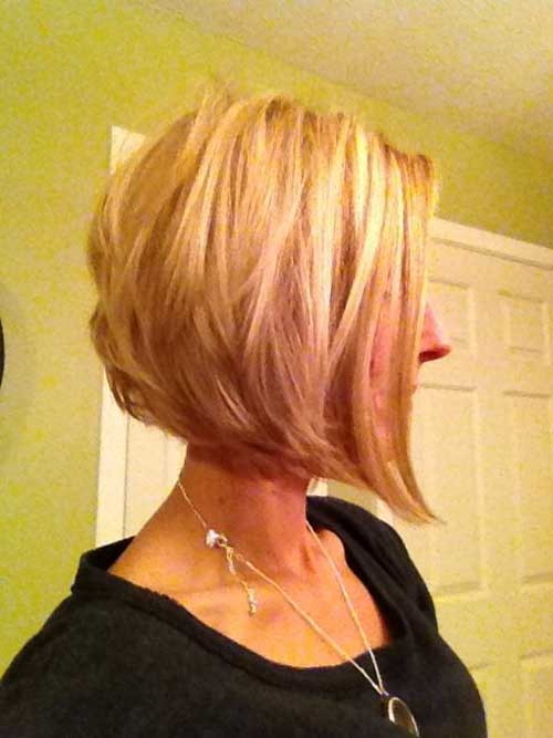 Inverted Bob Hair with Layers