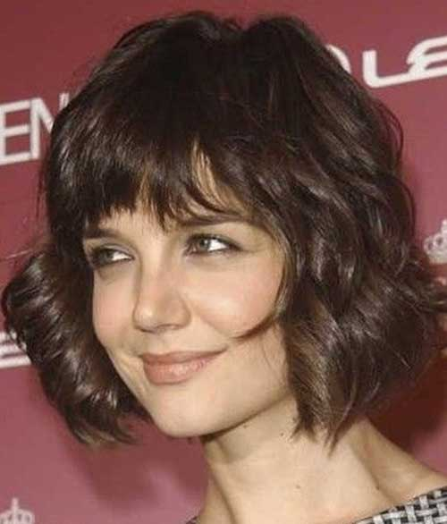 Layered Short Haircuts for Wavy Hair