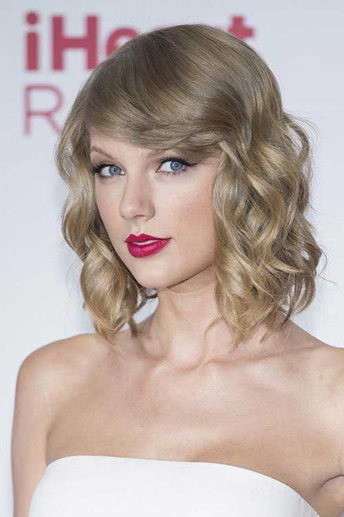 Taylor Swift Short Bobbed Hair