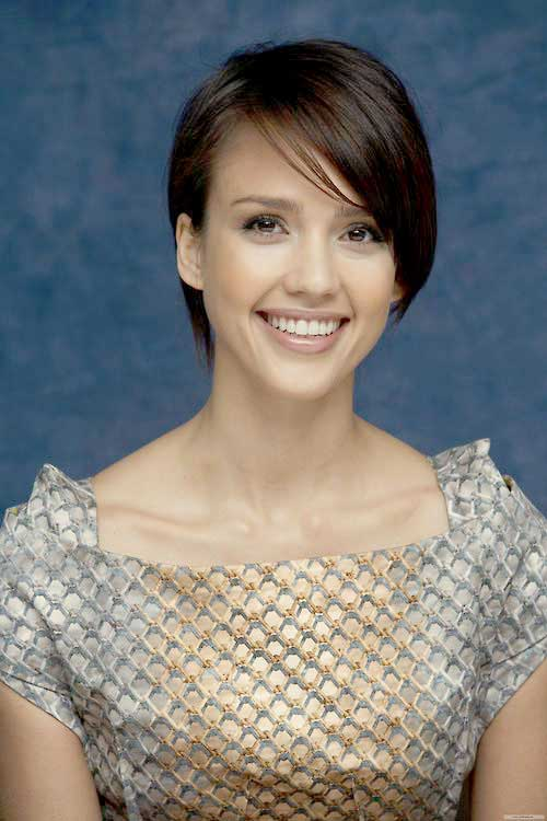 Jessica Alba Dark Hair Bob