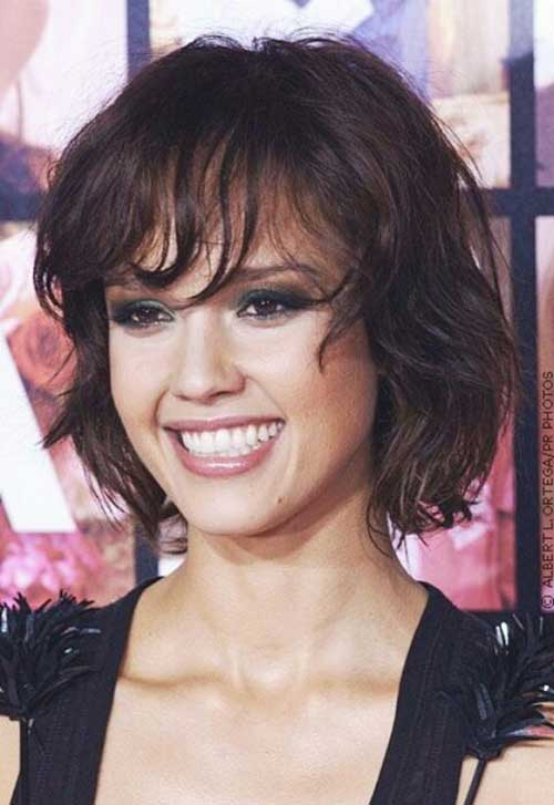 Jessica Alba Wavy Bob Hair with Bangs
