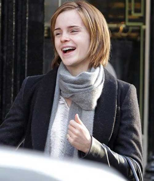 Street Style Bob Cut Hairstyle Pictures