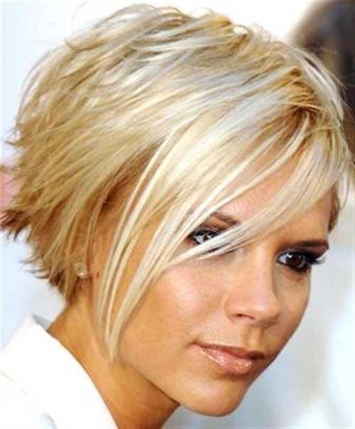 Victoria Beckham Blonde Inverted Bob Hairstyle