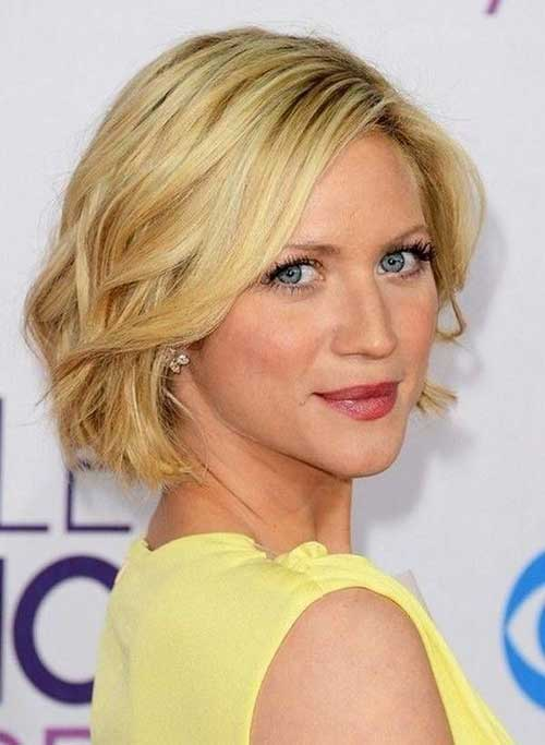 Blonde Layered Wavy Bob Hairstyles 2014