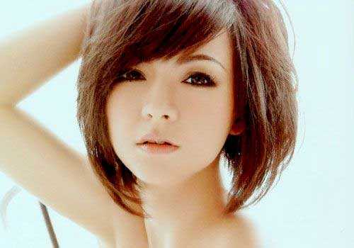 Chic Straight Layered Bob Haircuts