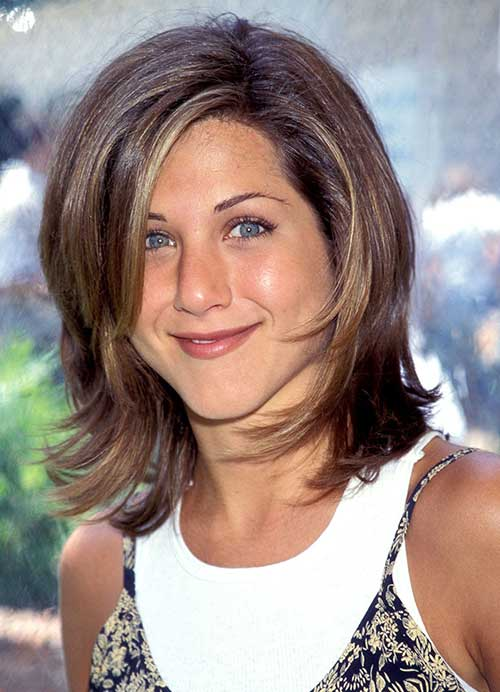 Jennifer Anniston Layered Long Bob Cut