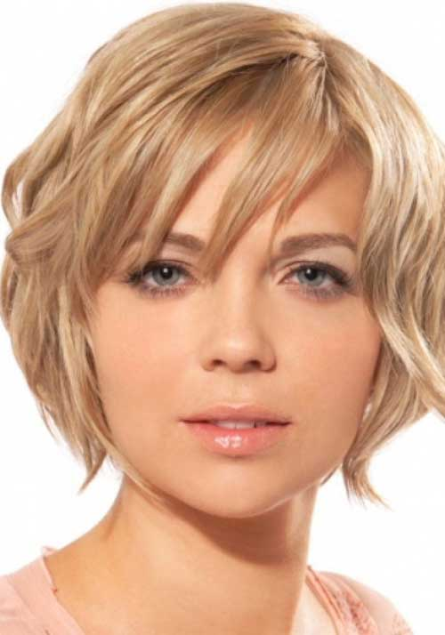 Blonde Bob Cut Hairstyles for Round Faces