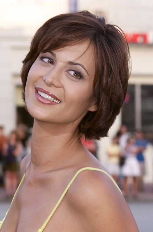 Short Layered Bob Cuts-10
