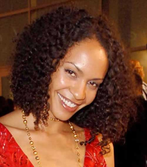 Black Women Curly Bob Style Ideas