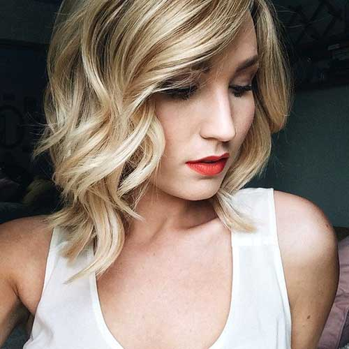 Cute Blonde Wavy Bob Haircuts