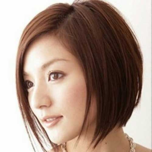 Straight Bob Hairstyle Cuts for Oval Face