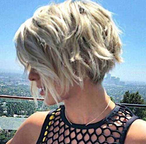 Wavy Thick Hair Bob Ideas