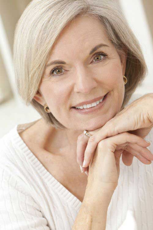 Bobs for Women Over 50-12