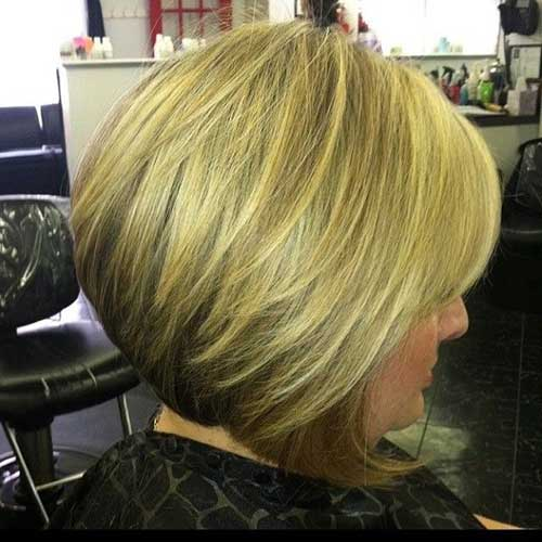 Short Stacked Bob Cuts-10