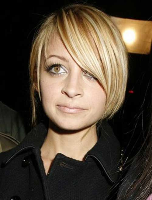 Nicole Ritchie Short Blonde Bob Haircuts
