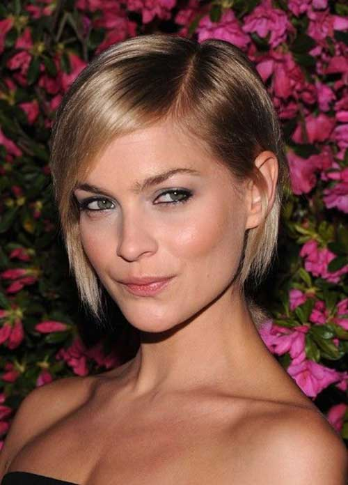 Simple Fine Bob Hair Cuts for Woman