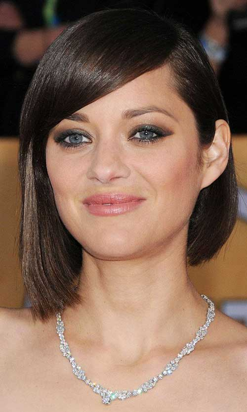 Sleek Side Bob Haircut