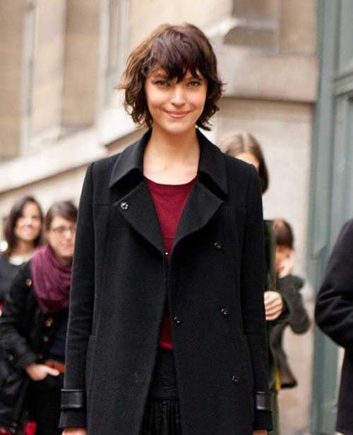 Trendy Short Shaggy Bob Hair for Girls