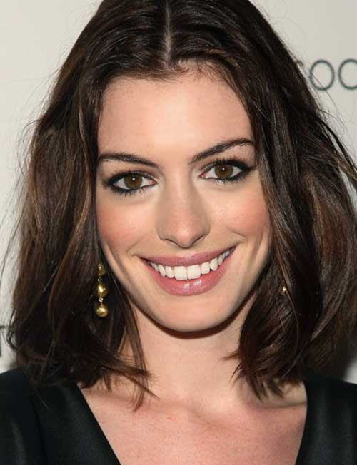 Chic Anne Hathaway Bob Hair
