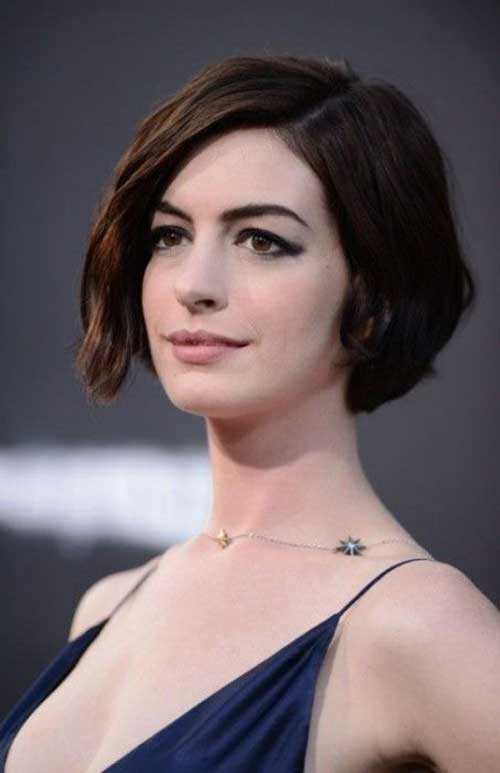 Best Anne Hathaway Bob Haircut