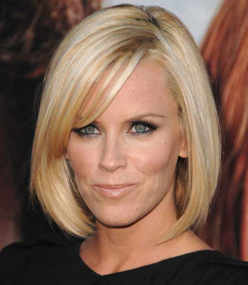 Short Straight Bob Haircuts Pictures