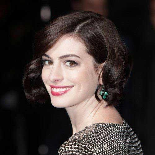 Anne Hathaway Bob Hair 2015