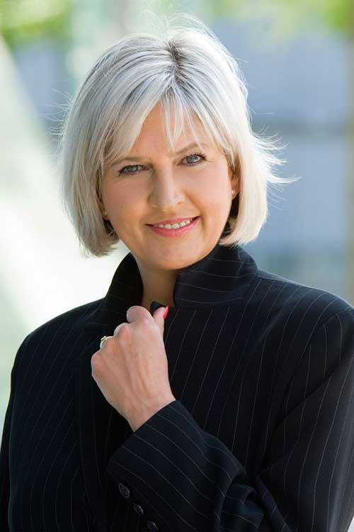 Stylish Bobs for Older Women