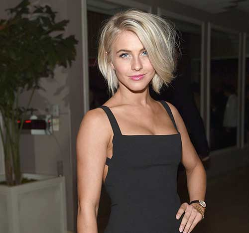 Julianne Hough Straight Bob Hairdo