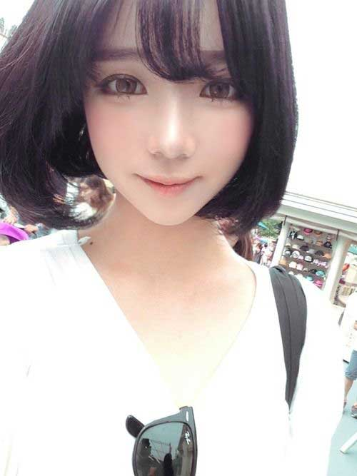 Korean Blunt Bob Cut