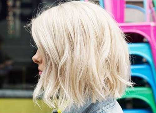 Thick Platinum Blonde Wavy Bob Hairstyles