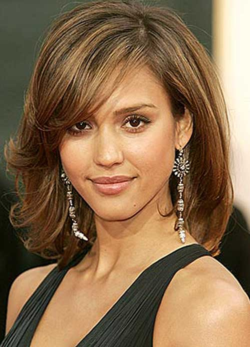 Bob Cuts for Round Faces-13