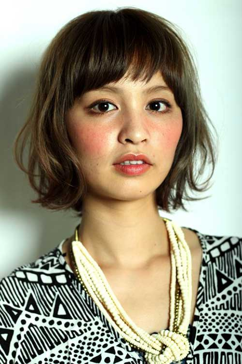 Short Layered Bobs-17