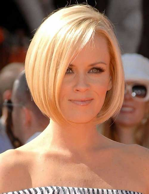 Bob Cuts For Oval Faces-7