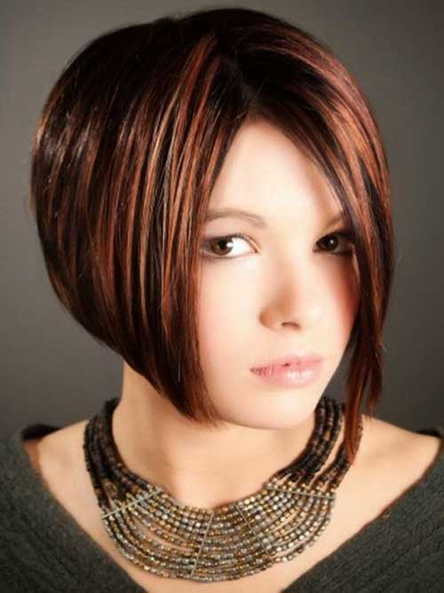 Bob Cuts for Round Faces-7