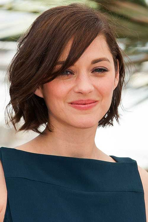 Bob Haircuts for Round Faces-32