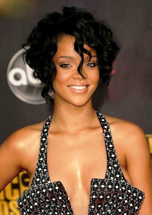 Rihanna Bob Haircut-13