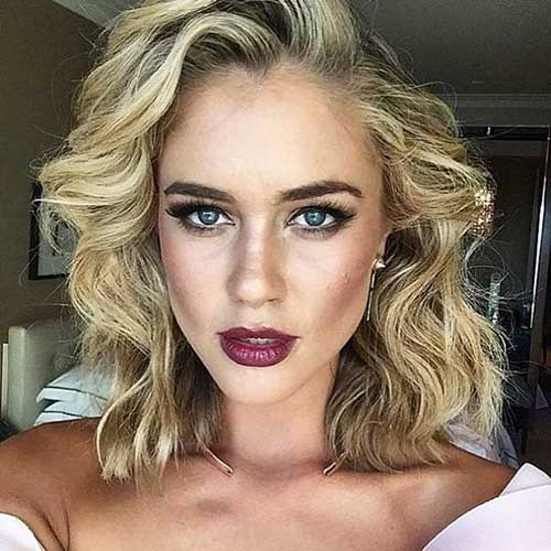 Bob Haircuts for Curly Hair-25