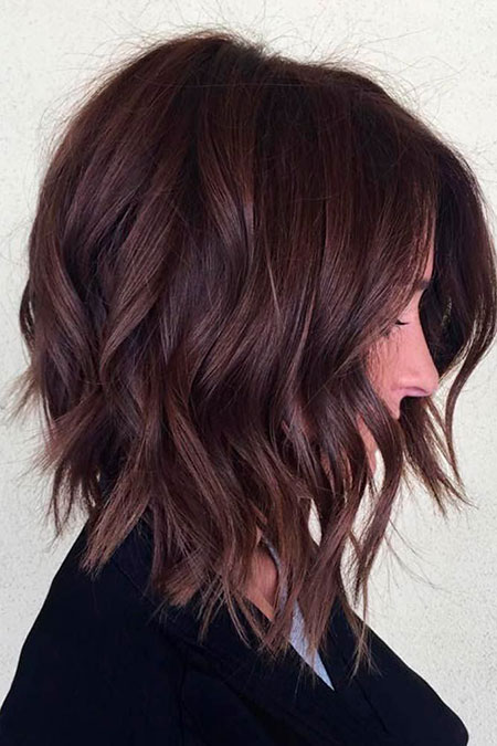 Balayage Medium Bob Brown Trendy Subtle Length Layered Highlights