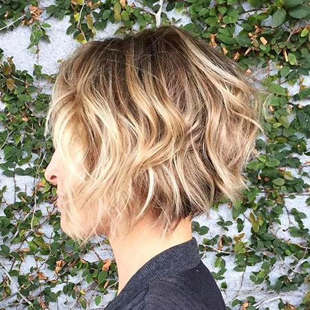 Bob Fine Messy Long Balayage Wavy Very Twists Side