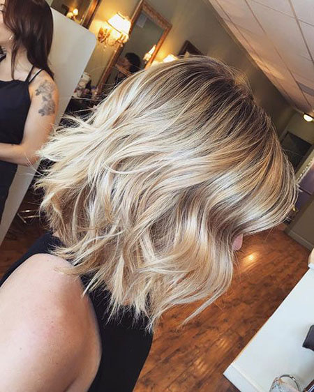 Bob Balayage Choppy Blonde Wavy Some Short Pretty Medium Length