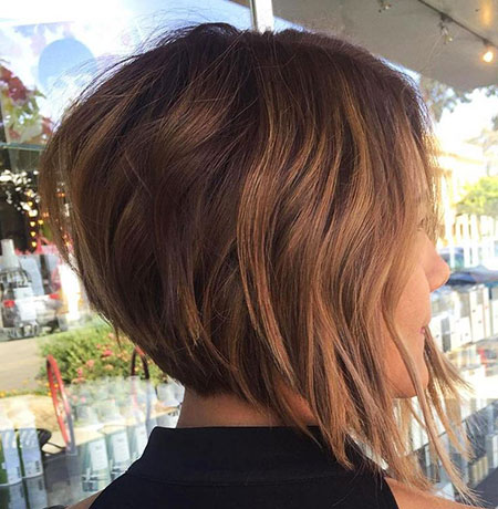 Bob Highlights Caramel Short Layered Choppy