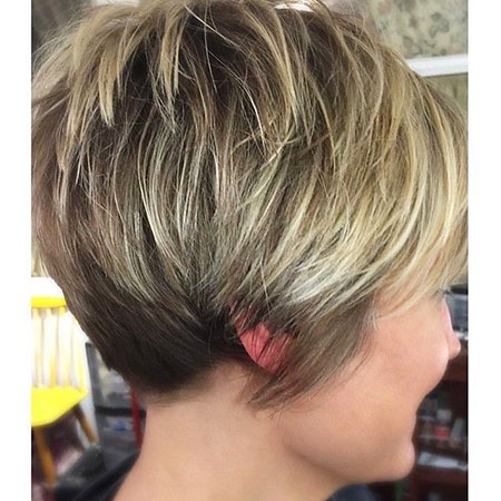 Short Bob Pixie Blonde Balayage Layered