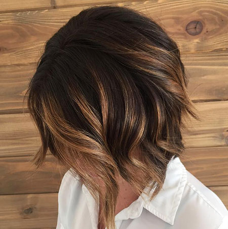 Balayage Dark Bob Short Highlights Caramel Brunettes Brunette Brown