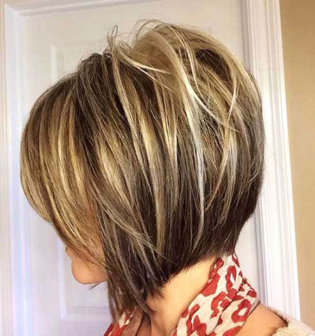 Bob Short Balayage Layered Inverted Blonde Women