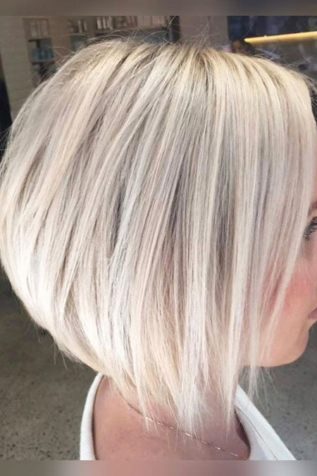 Bob Blonde Stacked Trendy Sassy Platinum Lowlights