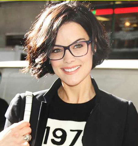 Women Short Round Face Up Shape Jaimiealexander