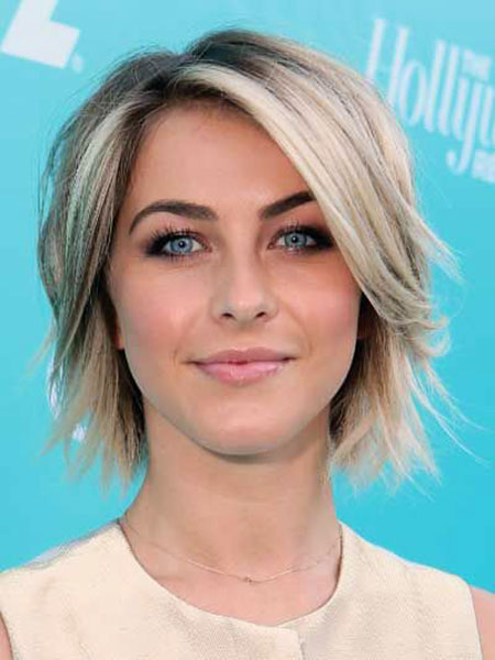 Short Bob Textured Hough Thin Round Julianne Face Choppy